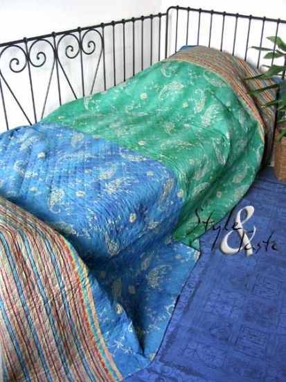bassetti tagesdecke bibi v2 blau 255x240 ke bello. Black Bedroom Furniture Sets. Home Design Ideas