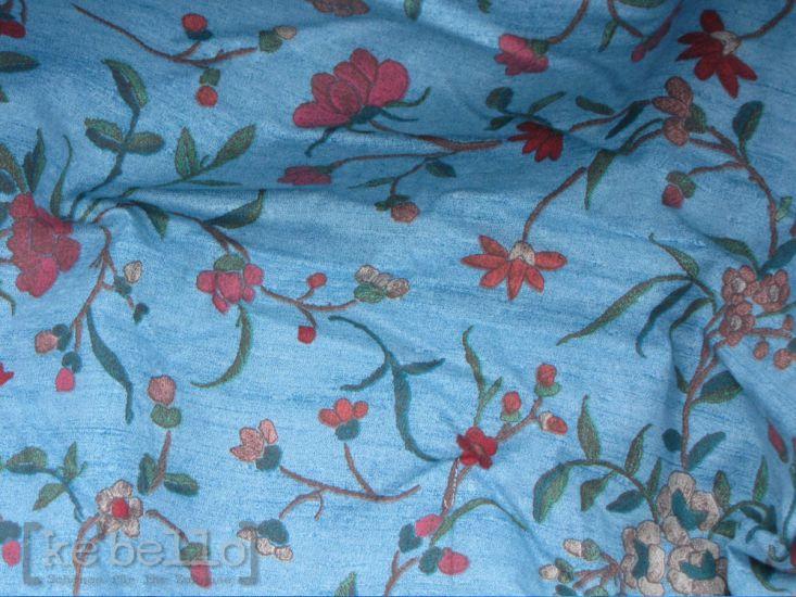 plaid botticelli v2 blau 190x135cm sofadecke herst bassetti ke bello. Black Bedroom Furniture Sets. Home Design Ideas